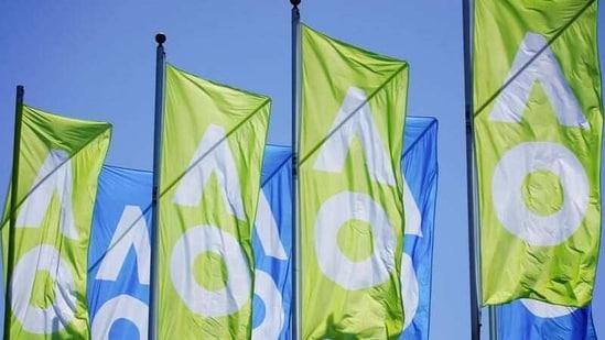 A general view of Australian Open flags in Melbourne, Australia, January 20, 2021. REUTERS/Sandra Sanders(REUTERS)