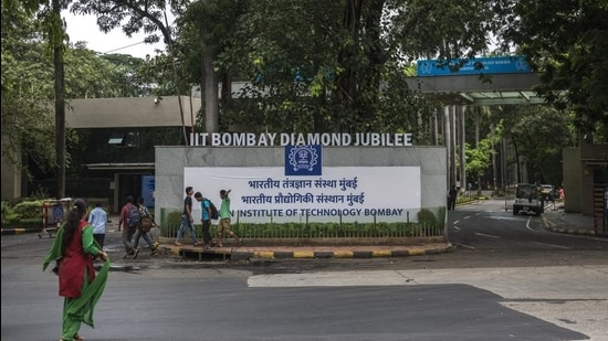 IIT-Bombay, Delhi, Madras, Guwahati, Roorkee and Kanpur have been identified as nodal coordinating institutes. (HT File Photo)