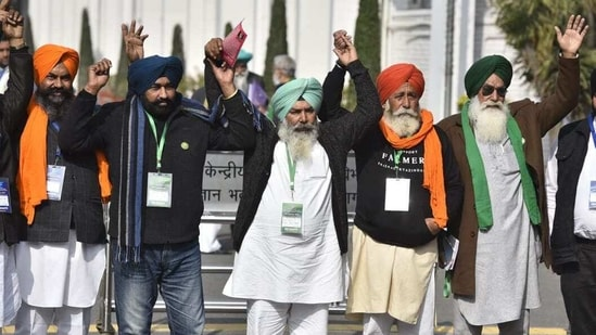 Farmer leaders at Vigyan Bhawan for the 10th round of talks on Wednesday. (HT Photo by Sanjeev Verma)