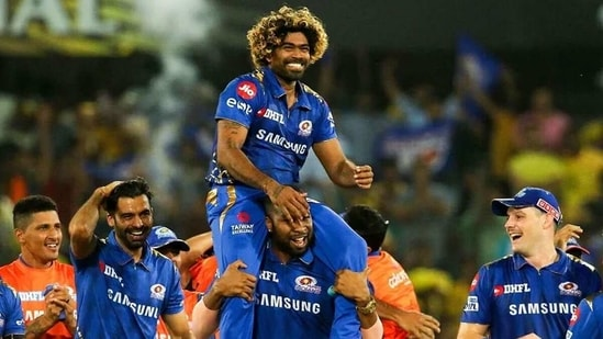 Mumbai Indians celebrate Lasith Malinga after the fast bowler bowled a fantastic over in the IPL 2019 final. (Mumbai Indians/Twitter)
