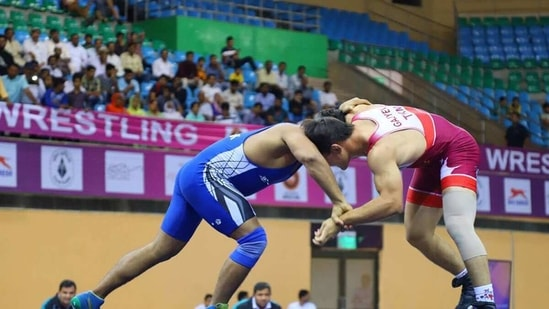Generic image of two wrestlers competing. (WFI)