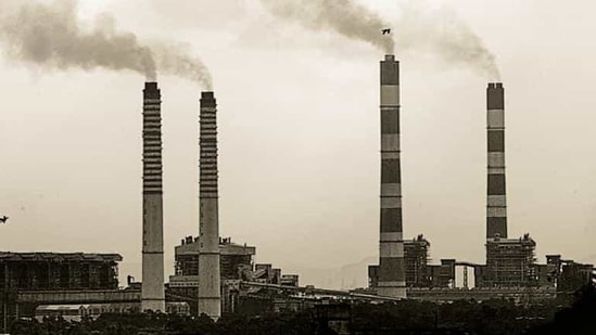 In an air review meeting conducted on December 22, the commission reviewed the progress of switching over of industries operating in Delhi to PNG.(Harikrishna Katragadda/ MINT. Representative image)