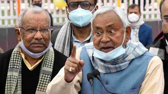 Bihar government's decision for procurement of maize and pulses at MSP could be due to the farmers agitation in Delhi, says an expert.(ANI)