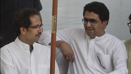 Maharashtra CM Uddhav Thackeray, MNS chief Raj Thackeray. (HT archive)