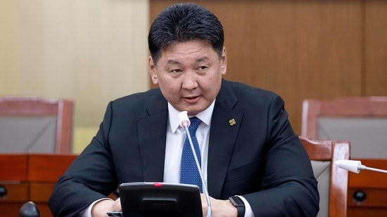 Mongolia's Prime Minister Khurelsukh Ukhnaa gives his resignation statement to the media in Ulaanbaatar, the capital of Mongolia on January 21, 2021, following protests and public outrage over the treatment of a coronavirus patient and her newborn baby. (Photo by Byambasuren BYAMBA-OCHIR / AFP)(AFP)