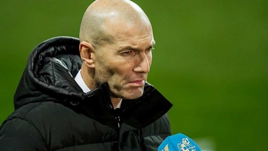 Zinedine Zidane reacts after Real Madrid's 1-2 loss to Alcoyano. (Getty Images)