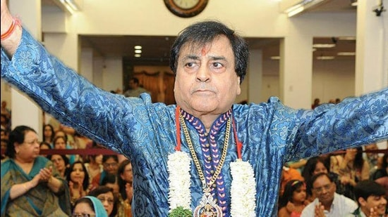 Singer Narendra Chanchal passed away in Delhi due to age-related issues.