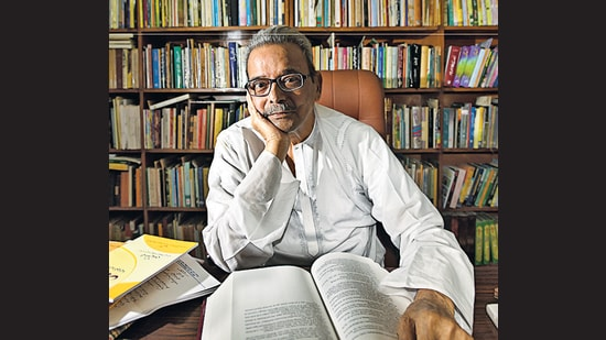 Shamsur Rahman Faruqi in a photograph dated October 25, 2018. (Amal KS/HT PHOTO)
