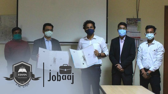 Eshan Group has joined hands with Jobaaj.com in a collaboration to provide a healthy stimulus to the students and to push them forward in their respective professional field and to prevent the students from falling victim to the high rising unemployment rates in the country.