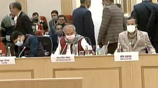 The Centre had offered to put on hold the three laws for 12-18 months and also set up a joint committee to find solutions.(ANI/Twitter)