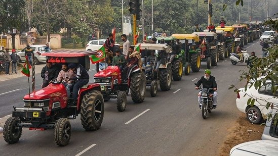 Patiala: Farmers take out a tractor march as part of the preparations for their planned tractor parade in the national capital on Republic day, during a protest against the new farm laws, in Patiala, Friday, Jan. 22, 2021. (PTI Photo)(PTI01_22_2021_000069B)(PTI)