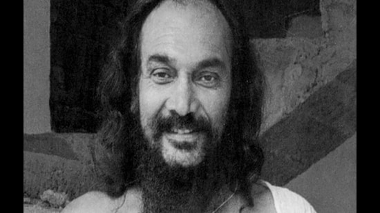 Dhirendra Brahmachari was the yoga mentor of former Prime Minister Indira Gandhi. He ran ashrams at Bhondsi in Gurugram, Jammu, Katra and Mantalai. Known as the Flying Swami, he died in an air crash in 1994.