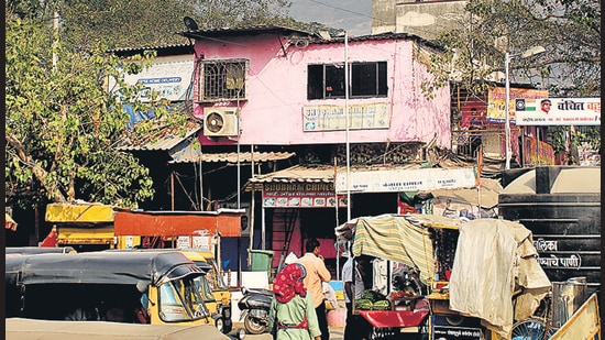 The Indira Nagar area of Turbhe ward had 13 deaths so far here. However, there was not a single death after June. (Bachchan Kumar/HT photo)