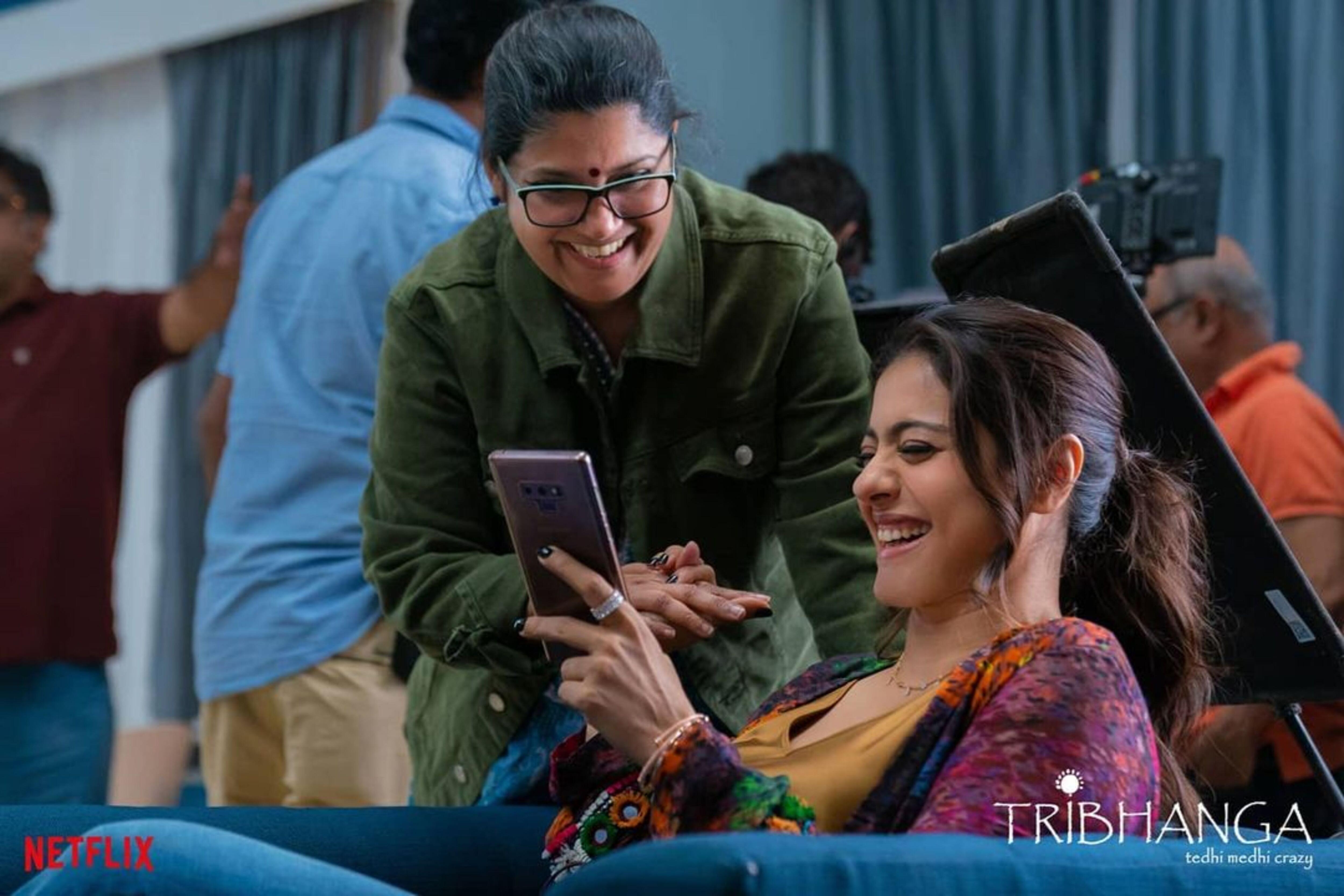Kajol with director Renuka Shahane(Dilnaz Malegamwalla)