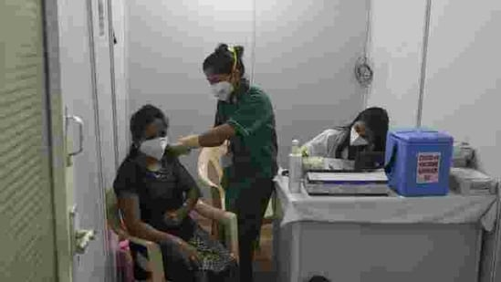 On Saturday, 123 adverse reactions were reported across the country, according to the provisional data provided by the Union health ministry.(HT file photo)