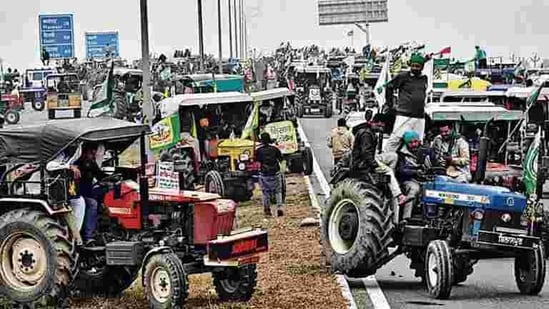 From villages in western Uttar Pradesh, thousands of tractors had already left for Delhi, farm leaders said, even as the state police tried to persuade them not to participate in the rally.
