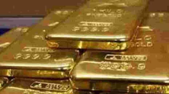 The gold was kept in safes and vaults of the Surana Corporation under the CBI's lock and seal. (HT Photo)