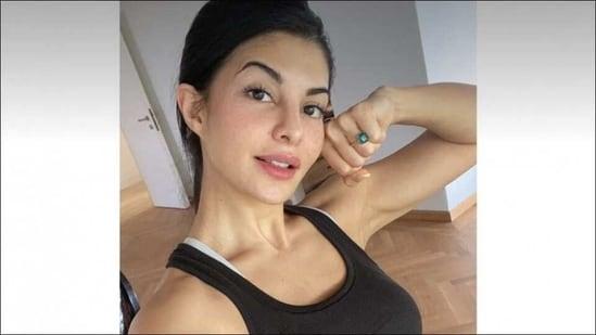 Jacqueline Fernandez shares favourite workout, fitness goals for 2021 | Watch(Instagram/jacquelinef143)