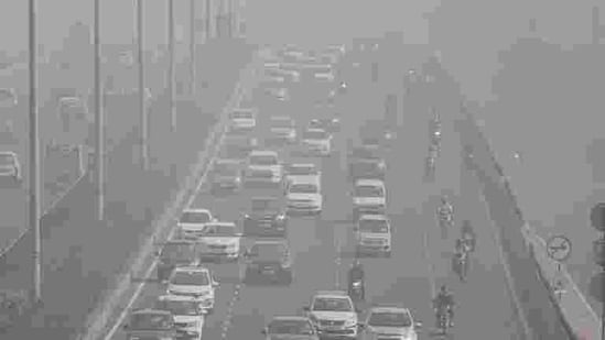 "Delhi's air quality has rapidly worsened to ""severe"" on the air quality index (AQI) on Thursday morning(PTI photo 