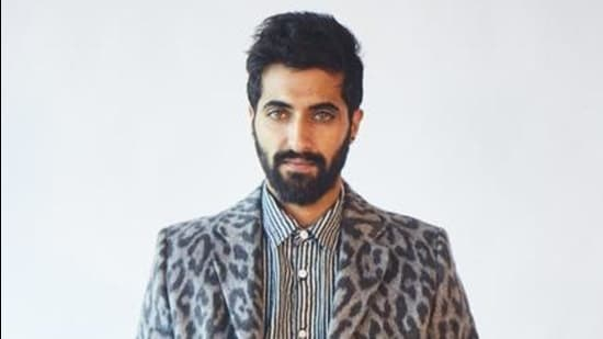 Actor Akshay Oberoi's plays a negative character in his latest Bollywood venture Madam Chief Minister.