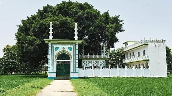 The mosque site in Dhannipur village near Ayodhya town.(HT Photo)
