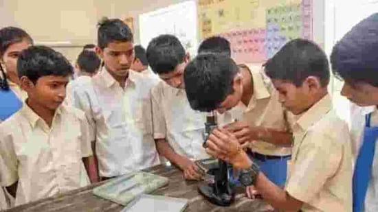 Each student and teacher will have to undergo mandatory thermal scanning aimed at ensuring their body temperatures are within acceptable limits to gain entrance to labs.(HT file)