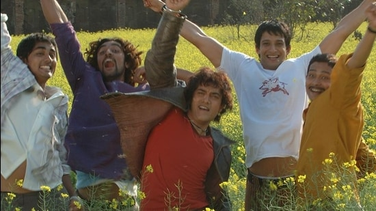 The film Rang De Basanti completes 15 years of it' release on January 26. (Hindustan Times)