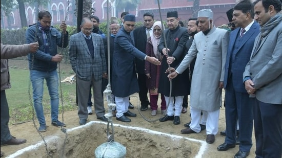 The time capsule was buried 30 feet deep in the park opposite Victoria Gate during Republic Day celebrations to mark the university's eventful centenary year on Tuesday. (HT Photo)