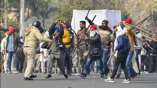 AAP says violence has weakened the farmers' movement, condemns attack - Hindustan Times