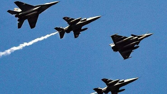Indian Air Force's fighter jets during the Republic Day parade, at Rajpath, in New Delhi(Ajay Aggarwal/Hindustan Times)