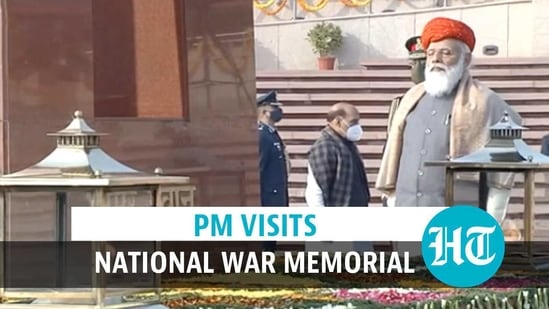 PM pays tribute to fallen soldiers