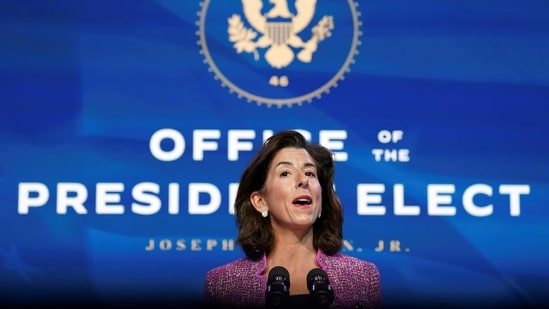 FILE PHOTO: FILE PHOTO: Gina Raimondo, U.S. President-elect Joe Biden's nominee to be secretary of Commerce, speaks during an event to announce members of Biden's economics and jobs team at his transition headquarters in Wilmington, Delaware, U.S., January 8, 2021. Picture taken January 8, 2021. REUTERS/Kevin Lamarque/File Photo/File Photo(REUTERS)