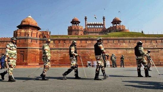 Security personnel guard Red Fort a day after protesters stormed the monument. (PTI)