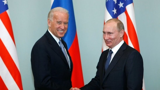 Russia and the United States exchanged documents on January 26, 2021, to extend the New START nuclear treaty.(AP)