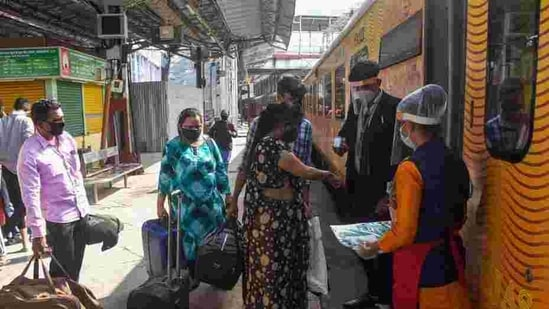 IRCTC has announced that passengers will be thermally screened before entering the coach and not allowed to exchange their seats once seated(PTI)