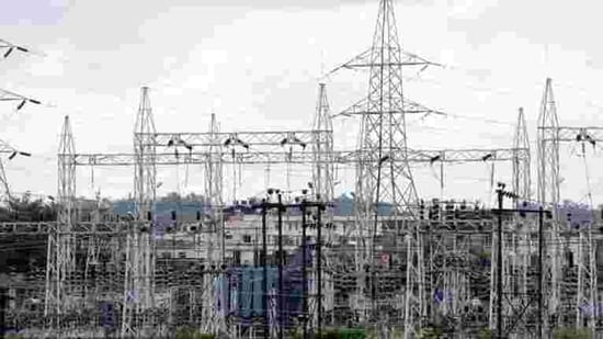 Large amounts of intermittent electricity create huge swings in supply which the grid has to be able to cope with.(HT File)