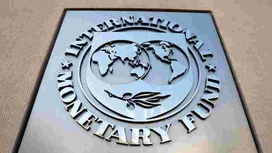 Under an adverse economic scenario considered by the IMF, the world's banks would fall $420 billion below regulatory capital requirements.(Reuters file photo)