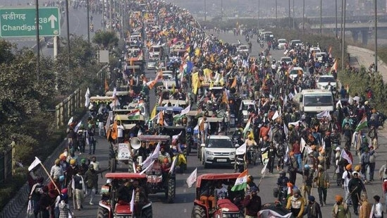 Two days before the violence broke out in parts of Delhi, Tomar maintained the Centre had made its best offer and would wait for the farmers to return to the negotiating table.(AP Photo)