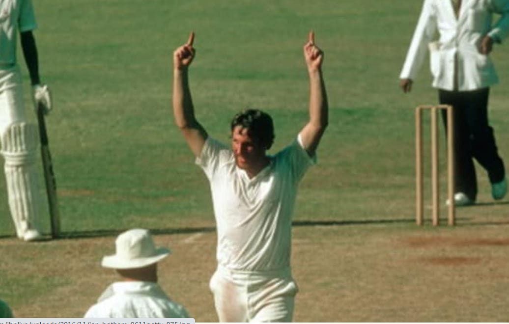 Ian Botham in action in the Golden Jubilee Test in Mumbai(Getty Images)
