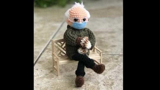 The image shows the crochet Bernie Sanders doll.(Instagram/@Tobeytimecrochet)