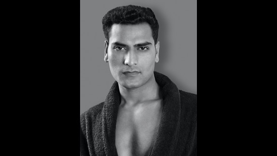 How to get the perfect eyebrows and fix other grooming errors men make; Deepak Sankla (a fitness and gym trainer) (Yatan Ahluwalia)