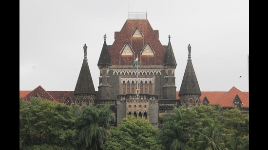 The court directed MSEDCL to seek clubbing of all the petitions so they may be heard at the principal seat in Mumbai and posted the hearing for the first week of this month. (HT FILE)