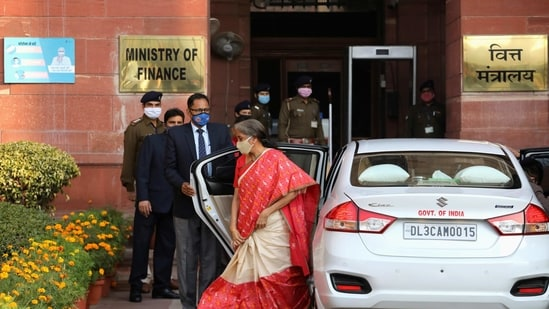 Finance Minister Nirmala Sitharaman arrives at the finance ministry before she leaves to present the federal budget in the parliament in New Delhi, India, February 1, 2021. (REUTERS)