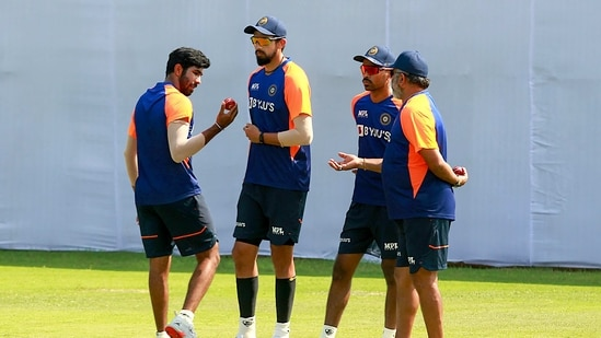 Indian cricketers Jasprit Bumrah, Ishant Sharma and Hardik Pandya during a training session at MA Chidambaram Stadium, in Chennai.(PTI)