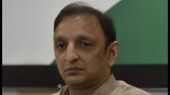 Congress leader Sachin Sawant is set to meet state home minister Anil Deshmukh with the demand of the probe. (HT FILE PHOTO)