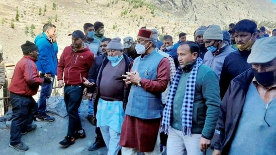 Uttarakhand chief minister Trivendra Singh Rawat inspects flood-hit areas after a glacier broke off in Joshimath in Uttarakhand's Chamoli district causing a massive flood in the Dhauli Ganga river.(PTI)