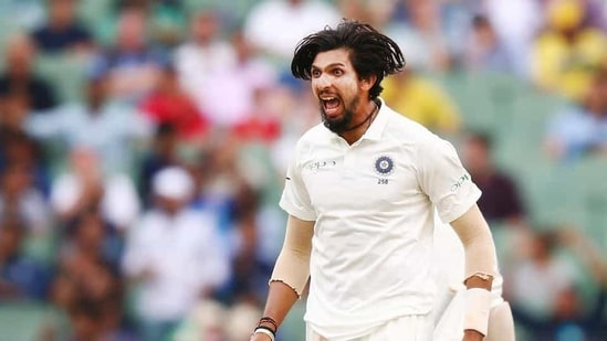 Ishant Sharma of India bowls celebrates the wicket of Travis Head of Australia during day four of the Third Test match in the series between Australia and India at Melbourne Cricket Ground.(Getty Images)