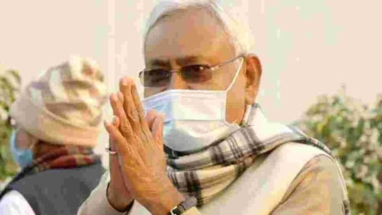 Bihar chief minister Nitish Kumar said he wanted the PMCH to be among the best in medical science, both in terms of research and treatment, so that people did not have to go outside the state for medical treatment. (HT PHOTO).