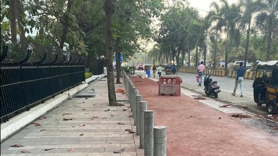 The cycle track will be built along the footpath with bollards separating the pavement from the track, officials said.