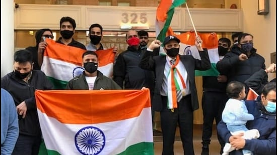 Members of the Indo-Canadian community in the Metro Vancouver area staged a pro-India car rally. Participants waved India flags at the consulate. (Supplied photo)
